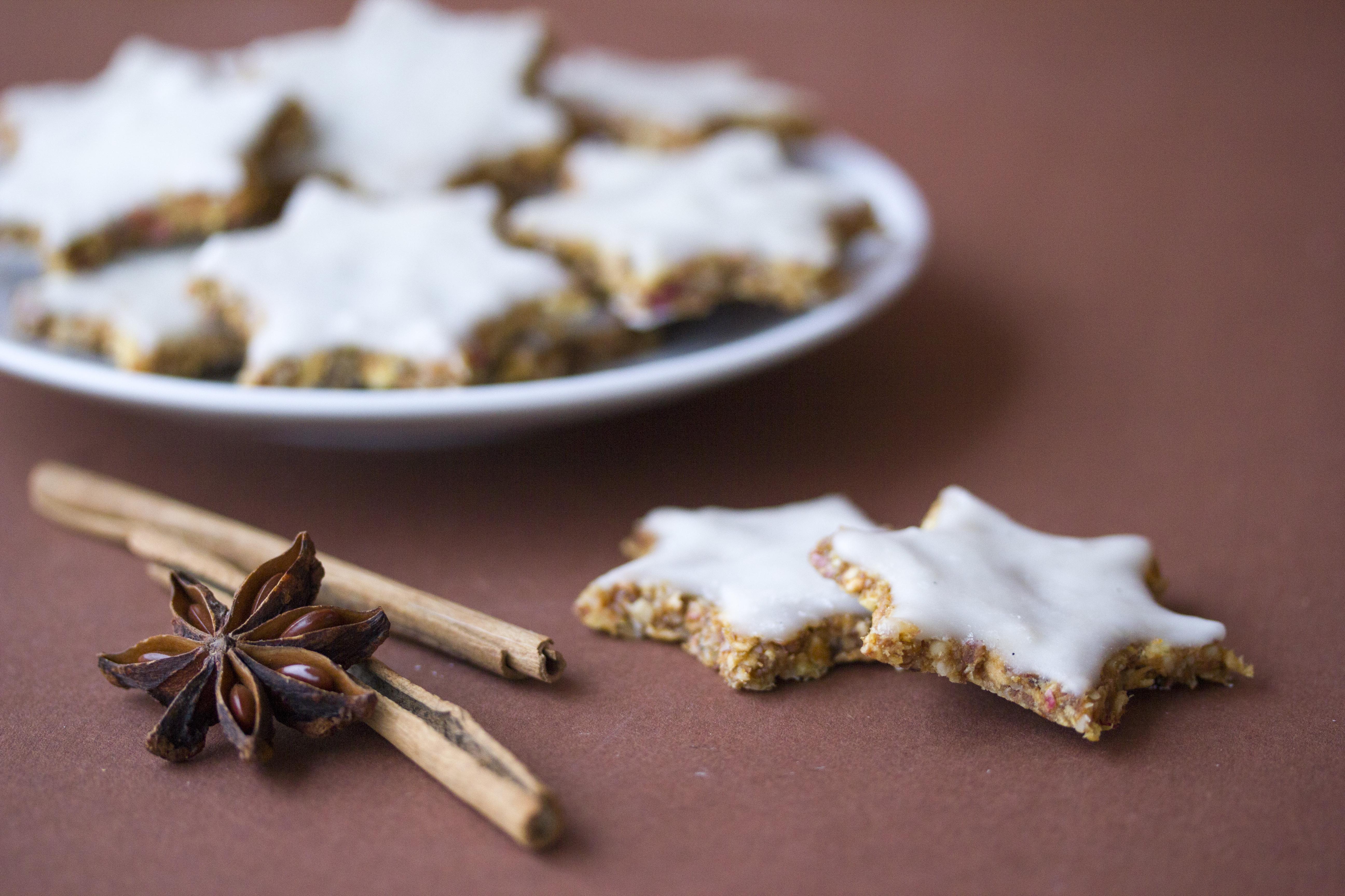 Raw Vegan Christmas Cookies Rohvegane Zimtsterne